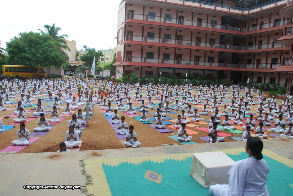 INTERNATIONAL YOGA DAY 2018 - Amrita Vidyalayams | Davangere